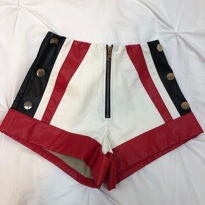 Tiger Mist Hot Shorts